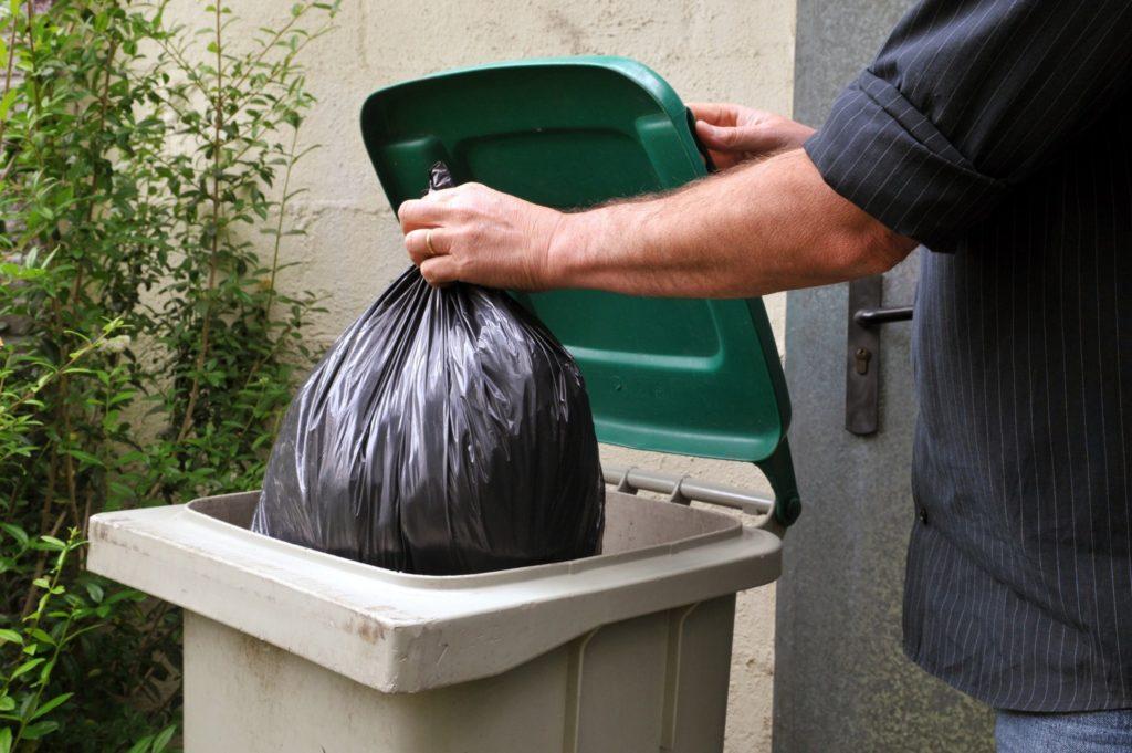 Bac ordures ménagères